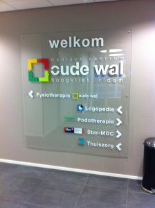 Oude Wal muur signing PD-Reklame